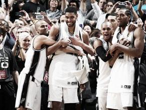 Les Spurs champions