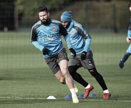 Giroud e Lacazette in allenamento. | Fonte immagine: twitter @Arsenal