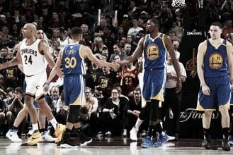 NBA, i Golden State Warriors riflettono sul futuro del roster
