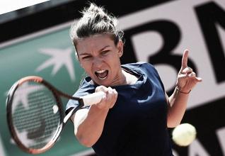Halep bate Garcia e conquista primeira vitória no WTA Finals