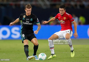 Ander Herrera insists Man Utd must once again challenge for the title