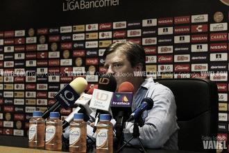 """Miguel Herrera: """"No nos vamos contentos"""""""