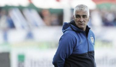 """Omar De Felippe: """"Nos hacía falta ganar"""""""