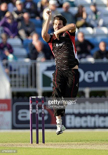 Foxes maintain 100 per cent record with win at Worcestershire.