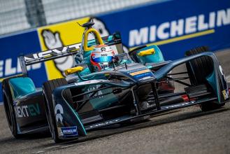 Nelsinho Piquet termina entre os 10 primeiros em Nova York pela Fórmula E