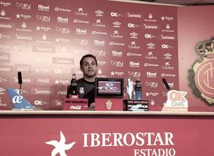"""Sergi Barjuan: """"Hacer ver a los jugadores lo que se están jugando es cosa mía"""""""