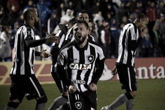 """Cobrado por Jair, João Paulo comemora gol da vitória """"Me cobro bastante"""""""