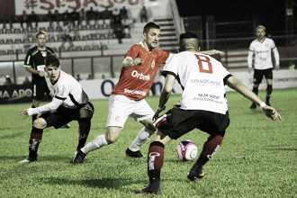 """Satisfeito com empate, Rogério Zimmermann destaca: """"Aprendendo a jogar fora de casa"""""""