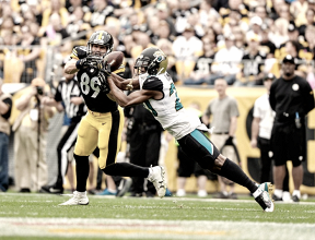 Defesa do Jaguars intercepta Big Ben cinco vezes e derrota Steelers fora de casa