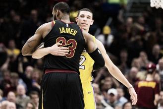 Resumen NBA: LeBron derrota a los Lakers con otro triple-doble y los Knicks vencen pese a la lesión de Porzingis