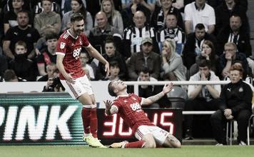 Southampton e Newcastle são eliminados em casa na Copa da Liga por times da segunda divisão