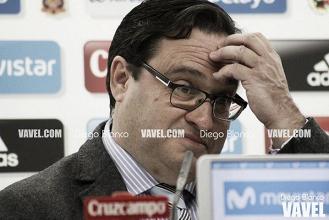 El Sporting negocia el finiquito de Paco Herrera