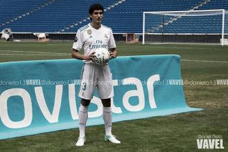 """Vallejo: """"Me fijo en Varane, Nacho y Ramos en cada entrenamiento"""""""