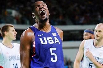 """La """"golden age"""" saluta con la tripletta: anche Melo e Coach K ai piedi di Durant"""