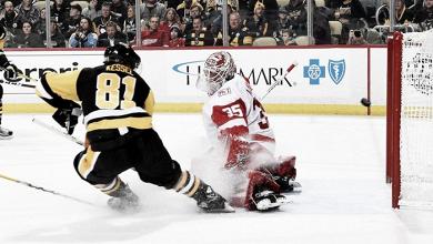 Gran temporada de Kessel que alcanza los 700 puntos en la NHL