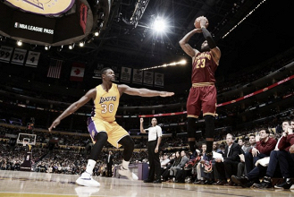 NBA - LeBron James ai Lakers nel 2018, parola di Peter Vecsey