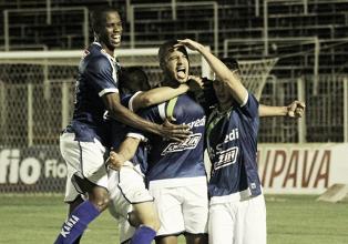 Luverdense e Paraná perdem boas chances e empatam no Passo das Emas