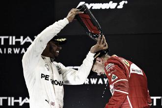 """Hamilton: """"Soy un gran fan de Ferrari"""""""