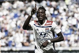 El Lyon pasa por encima del Amiens y suma los tres pirmeros puntos