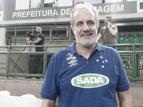 Marcelo Mendez comemora vitória sobre Minas e almeja 'melhorar jogo' do Cruzeiro