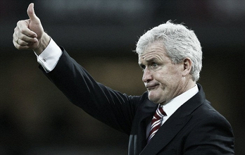 Stoke boss Mark Hughes targeted by Chelsea