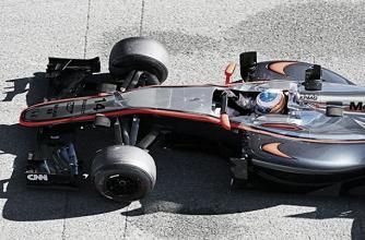 Alonso e McLaren não surpreendidos com dia difícil