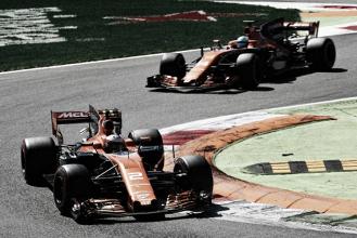 McLaren confirma fim da parceria com Honda e acerto com Renault a partir de 2018