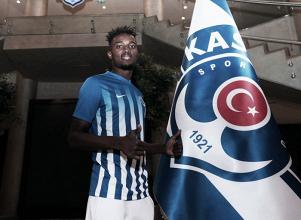 Mensah se marcha cedido al Kasimpasa turco
