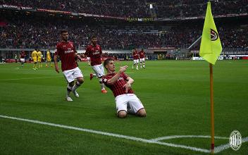 Serie A - Piatek e Suso tengono vive le speranze Champions: il Milan batte il Frosinone 2-0