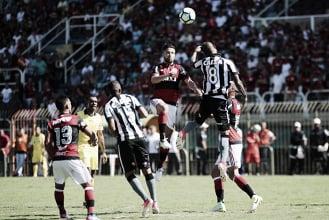 Sob olhares de Rueda, Flamengo encara embalado Botafogo no Nilton Santos