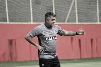 """Jogadores tiveram mérito em vitória contra o Sport, afirma Gallo: """"Eles se dedicaram muito"""""""