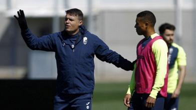 Pedro Morilla ya entrena a la plantilla del Granada CF