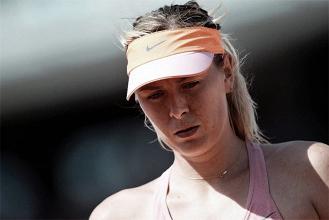WTA, infortunio a Roma e rifiuto da Parigi per Maria Sharapova