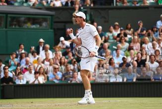 Wimbledon 2017: Murray battles past Fognini in four set classic