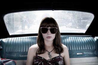 Com apenas uma temporada, Girlboss é cancelada pela Netflix