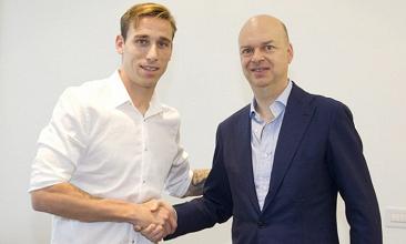 Milan, ora è ufficiale: Biglia è un nuovo giocatore rossonero