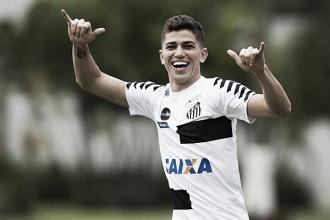 Com volta de Vitor Bueno, Jair relaciona Santos com 23 jogadores para pegar a Ferroviária