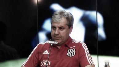 Kleina admite que título paulista ficou distante, mas pede que time jogue pela honra em Itaquera