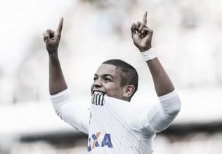 Em grande partida de Vanderlei, Santos vence o Coritiba