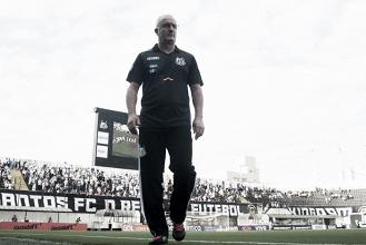 Dorival menciona estratégia defensiva e enaltece vitória do Santos