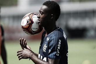 Primeiro reforço de 2018, Marlos Moreno é registrado no BID e já pode estrear pelo Flamengo