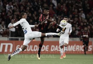 Tentando sair do Z-4, Atlético Paranaense recebe Santos sem Lucas Lima na Arena da Baixada
