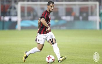 """Milan, Suso replica: """"Per adesso voglio stare qui, tutto il resto sono chiacchiere"""""""