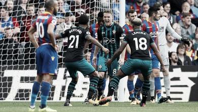 Southampton le amarga el debut a Roy Hodgson