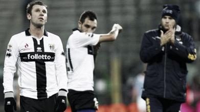 Smobilitazione Parma: lasciano quattro calciatori e Leonardi