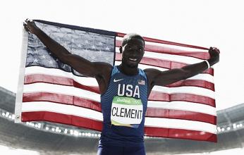 Rio 2016: Kerron Clement holds on to take Men's 400-meter hurdles title