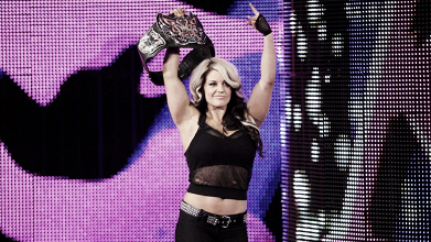 Kaitlyn regresa a WWE