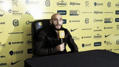 """Javier Pinola: """"Estoy muy feliz acá y me queda un año de contrato"""""""