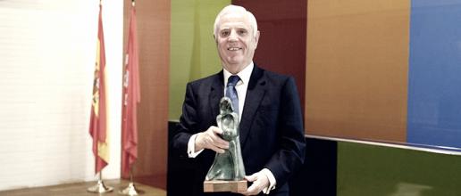 La Fundación del Real Madrid recibió el premio Infancia 2017