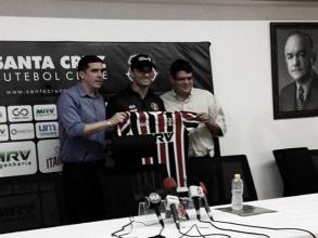 Pensando em 2018, Júnior Rocha é apresentado como novo técnico do Santa Cruz
